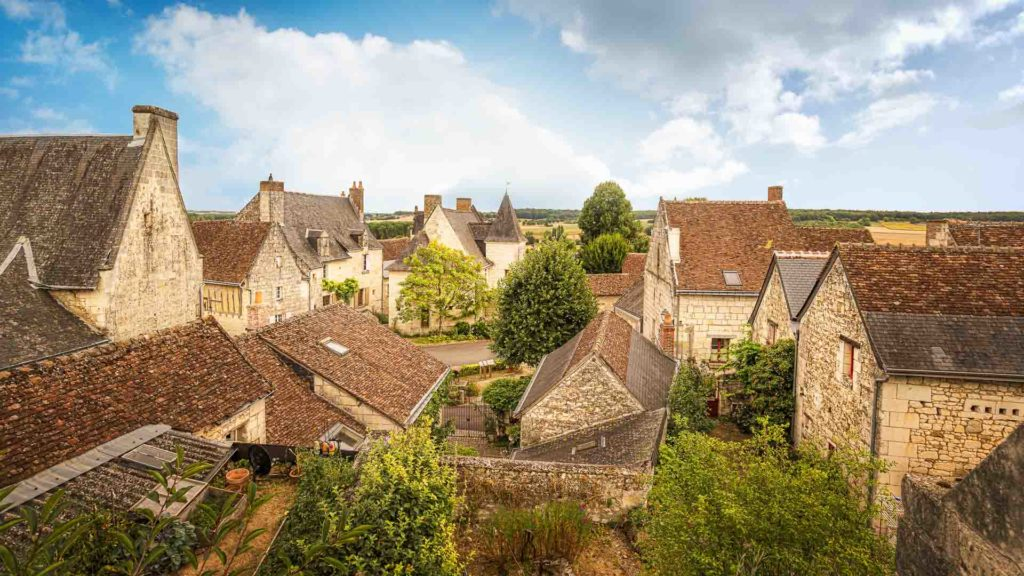 Les superbes toits de Crissay-sur-Manse, l'un des plus beaux villages de France