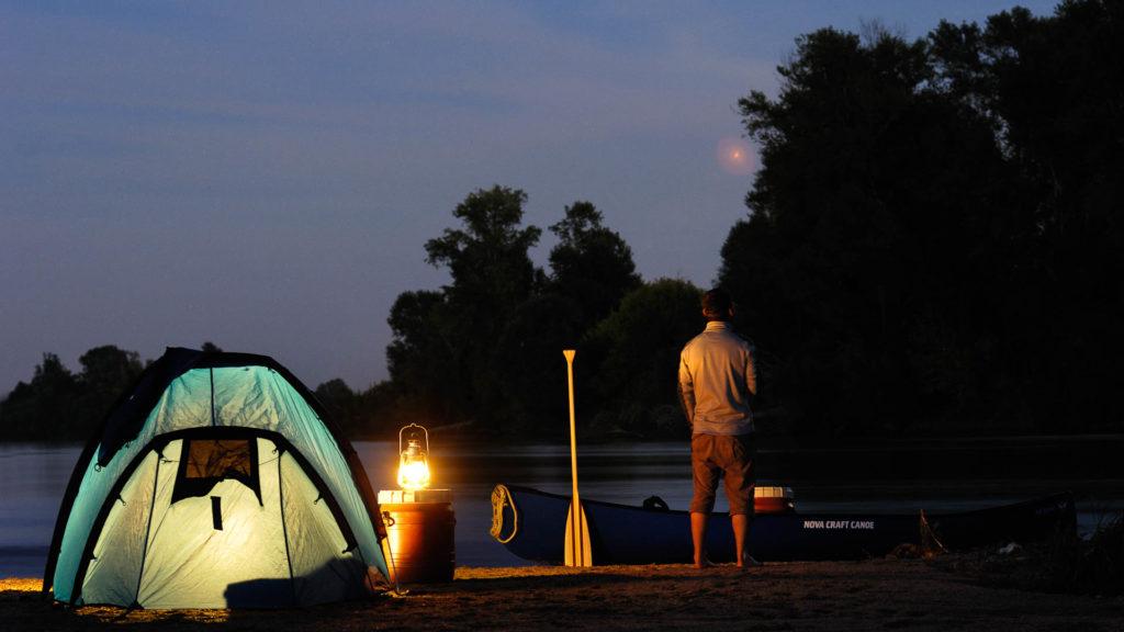 Nuits en bivouac sur les bords de Loire, pour un week-end en amoureux. France