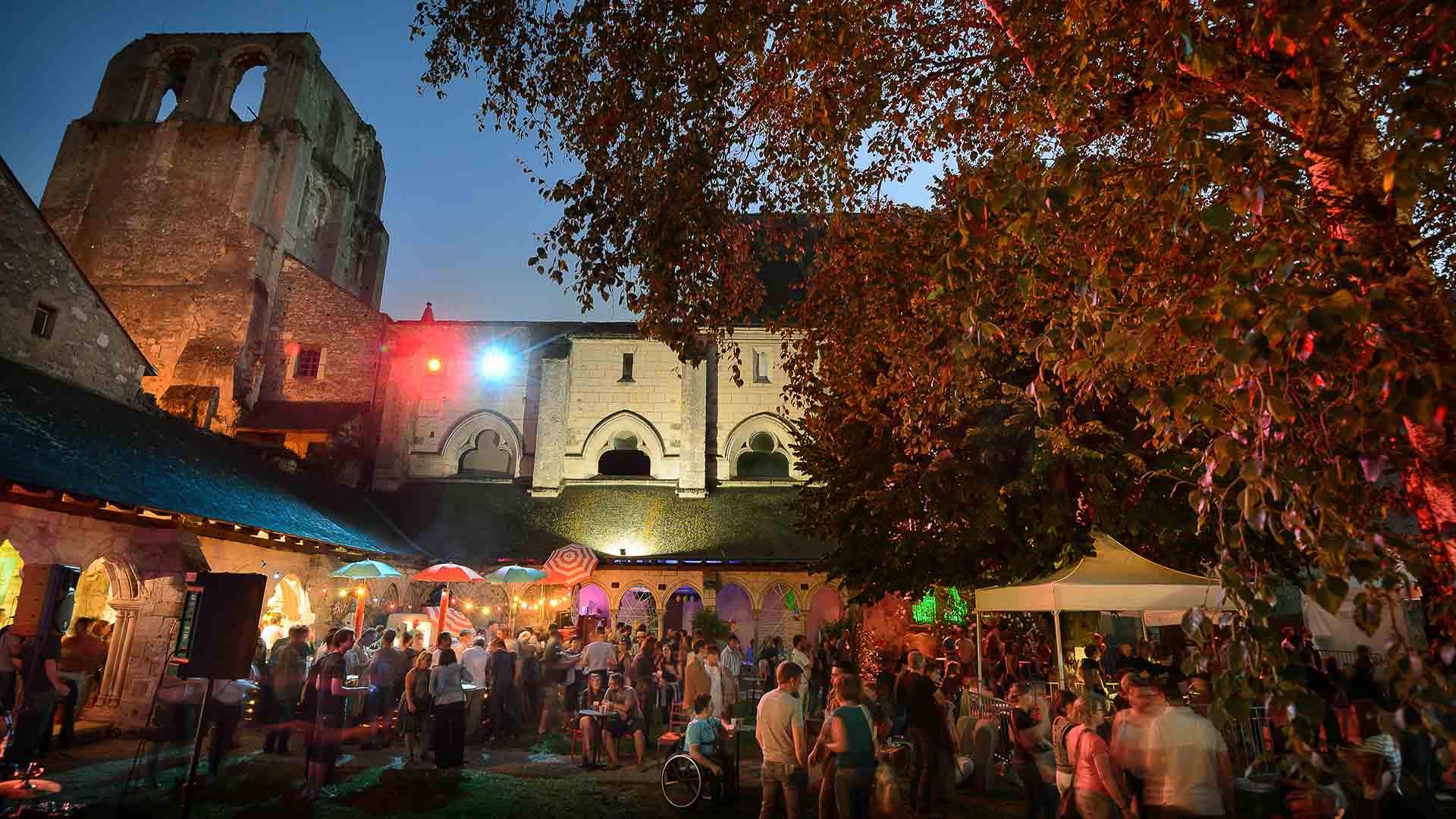 Festival la Poule à Facettes - Abbaye de Cormery