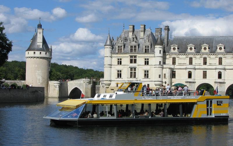 Chenonceaux en bateaux - Croisière Repas sur La Bélandre