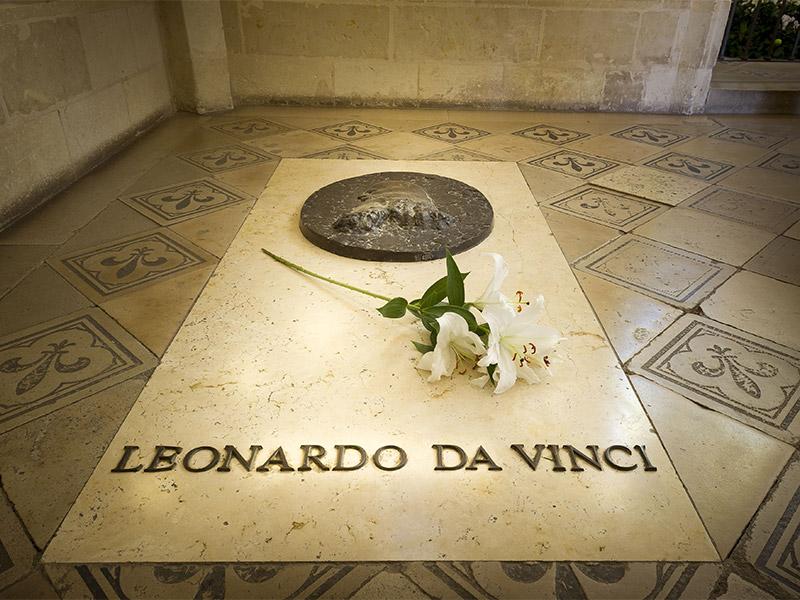 La tombe de Léonard de Vinci, au château royal d'Amboise