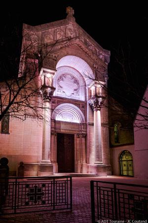 Parcours Lumière de Tours - Illuminations de la Basilique Saint-Martin