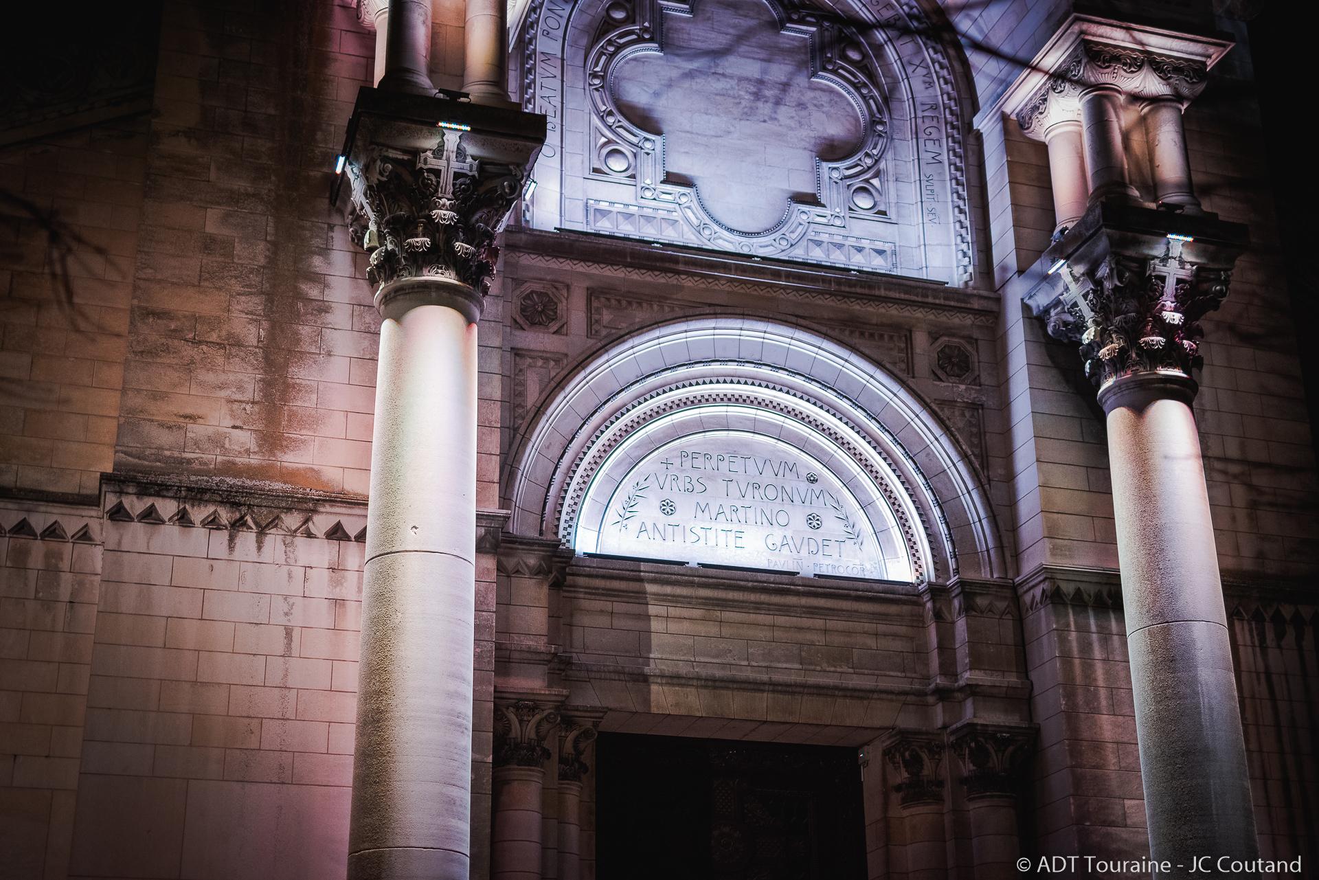 La Basilique Saint-Martin de Tours