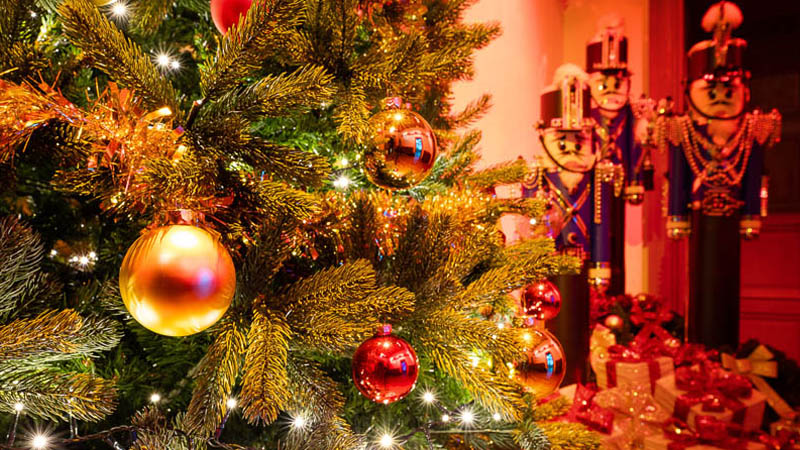 Les décorations de Noël au pays des châteaux - Loches