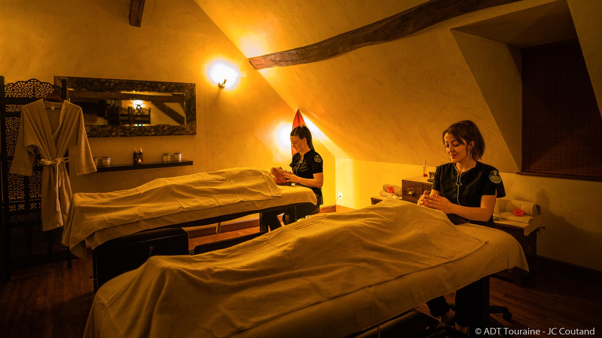 Massage au domaine des Thomeaux