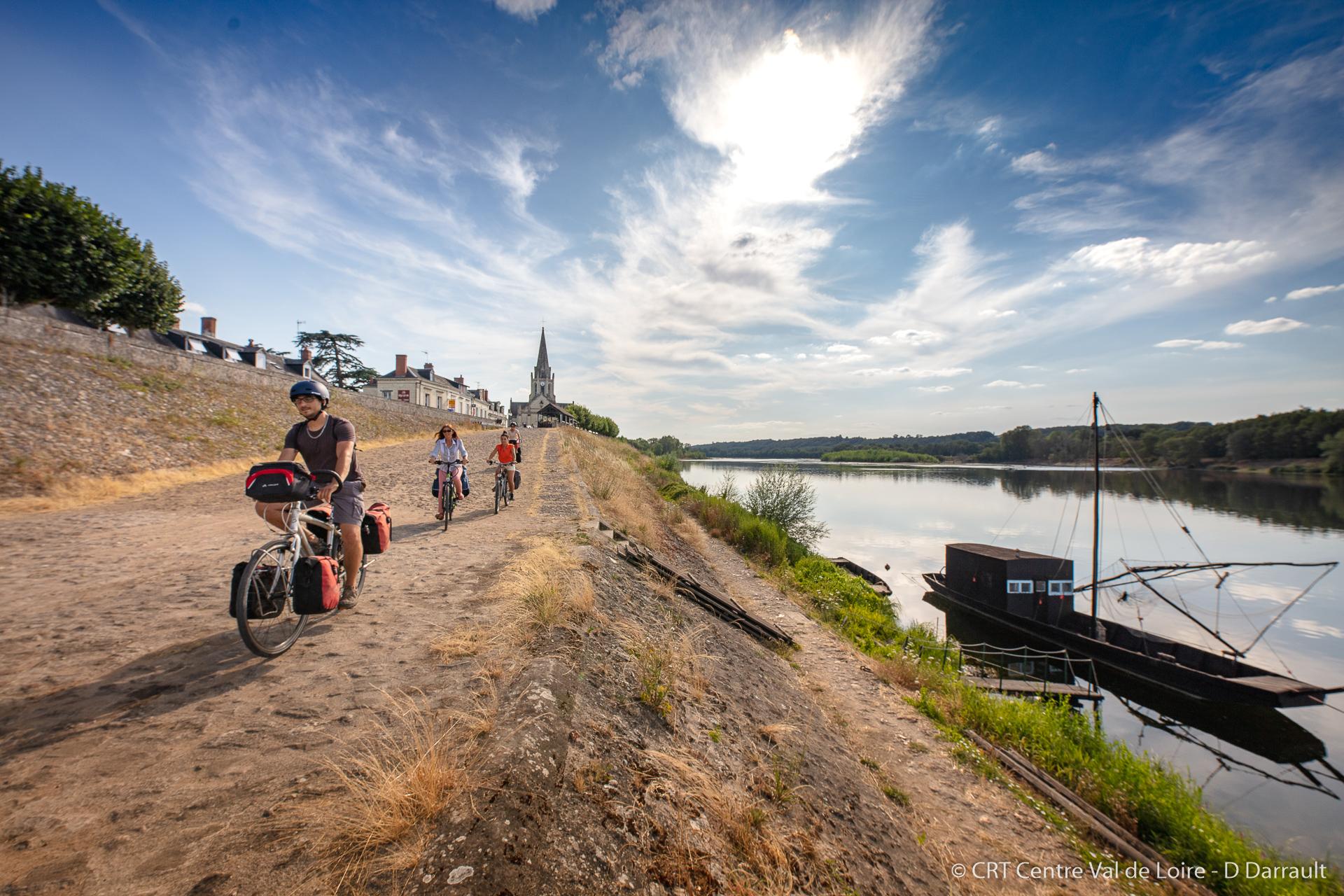 Balade en vélo à Bréhémont