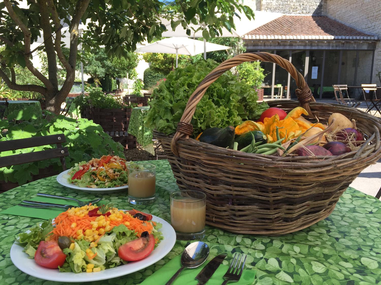 Déjeuner 100% locavore à la Table des Fées, au Château du Rivau.