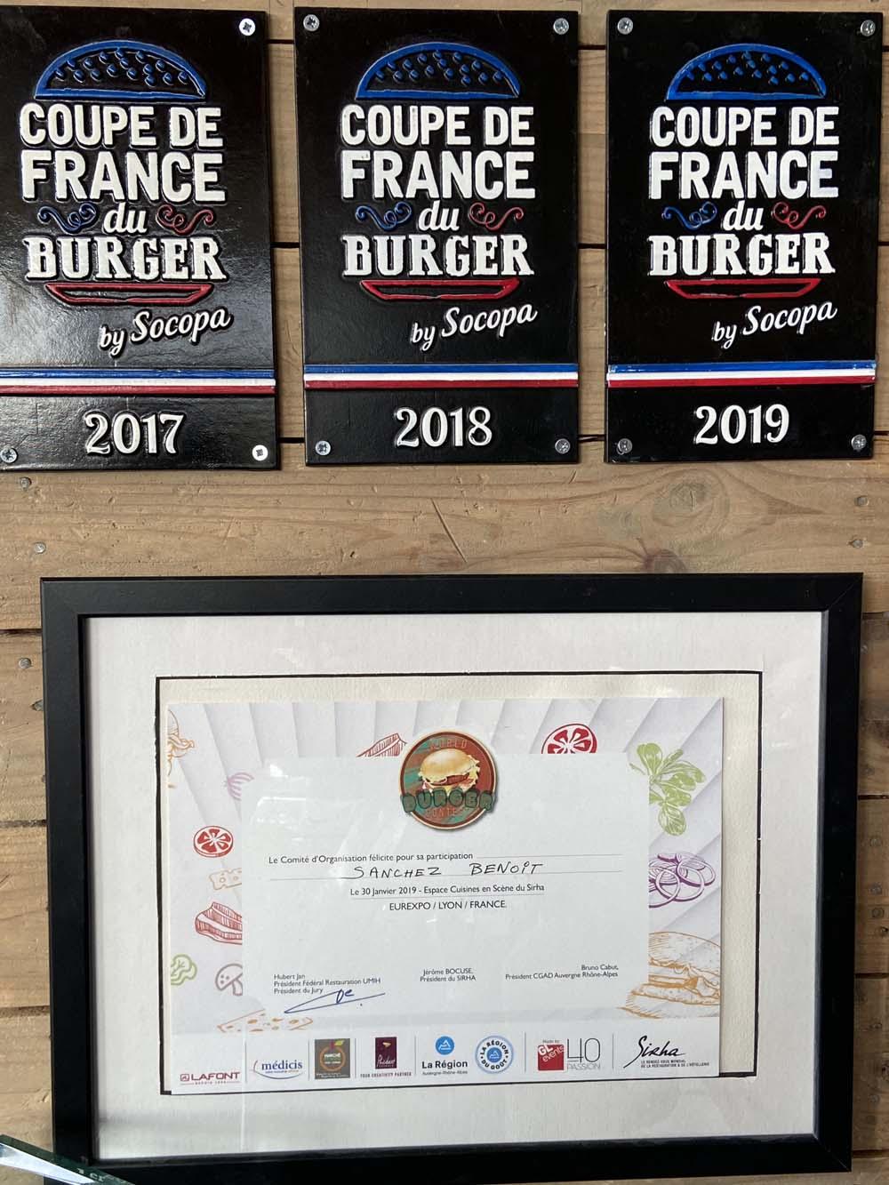 Trois coupes de France des burgers !