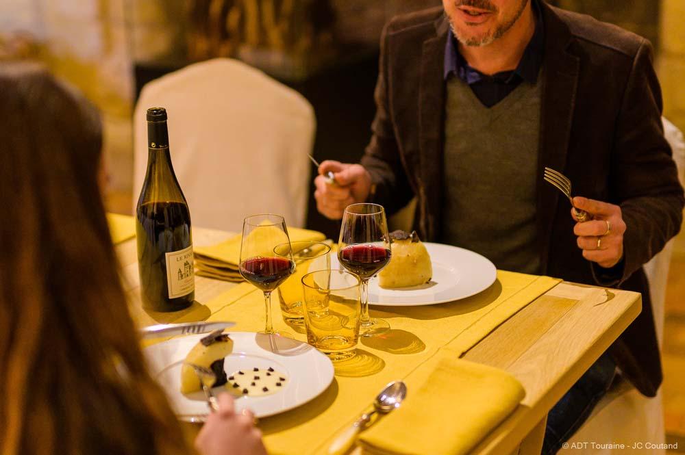 Le bonheur des gastronomes : un dîner à la truffe...