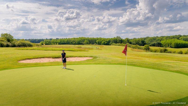 Week-end au golf Le Fleuray Amboise - Golf & cottages - Val de Loire, France.