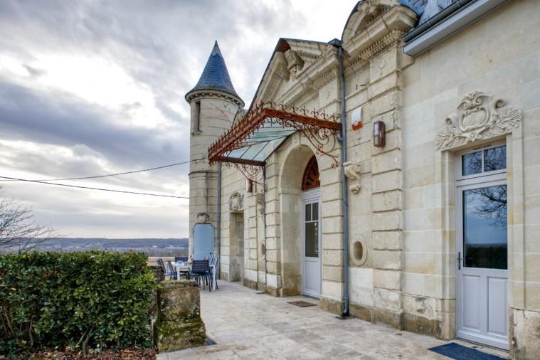 Château Satis Morituro et son logis (Gîte de groupe pour 14 personnes)-2