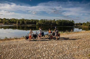 Les quais de Bréhémont. Boucle vélo n°20 : au fil de l'eau