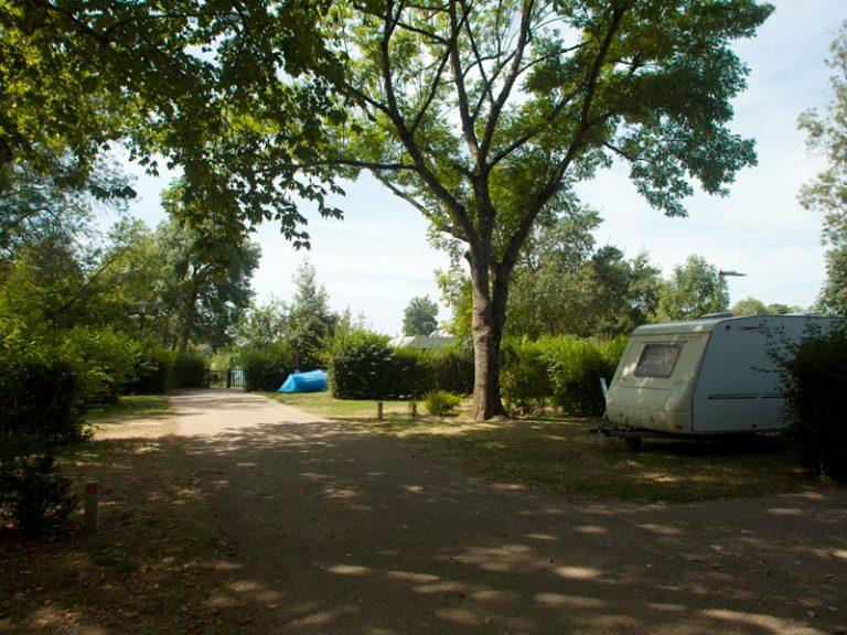 Camping Onlycamp Tours Val de Loire La Confluence-3