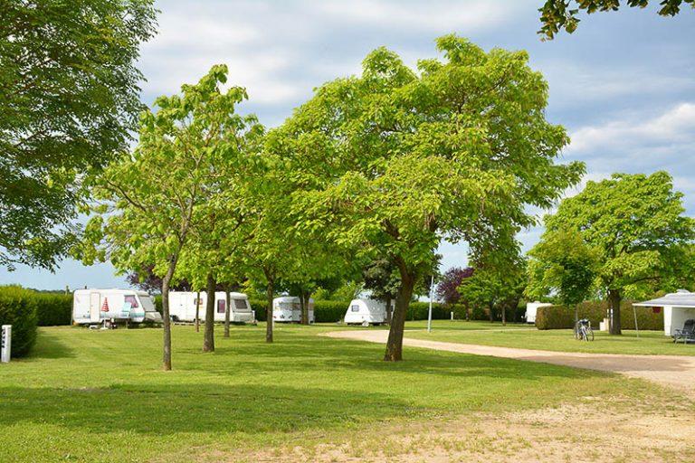 Camping Municipal du parc de loisirs Robert Guignard-2