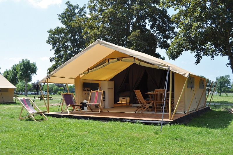 Camping en Val de Loire : camping de l'île d'Or, à Amboise.