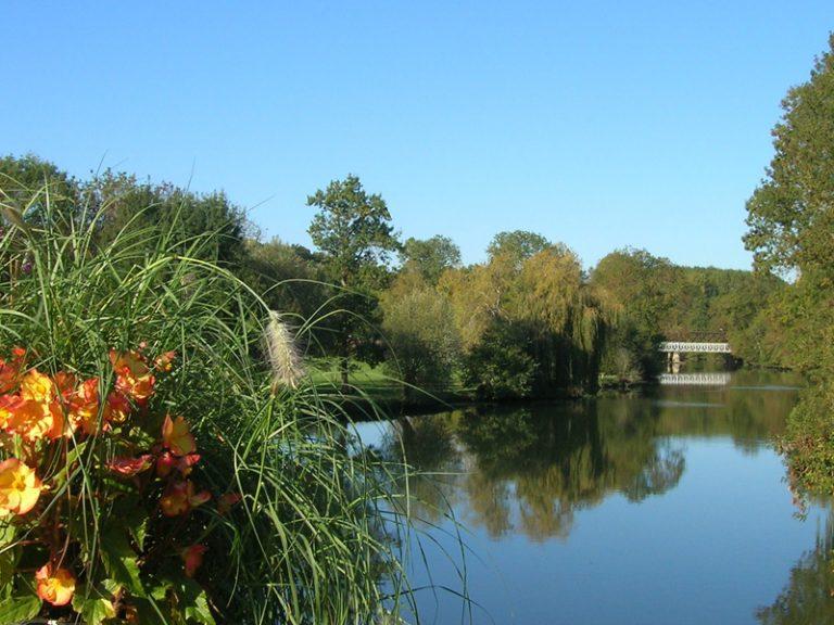 Boucle pédestre n°11. Entre rivières, châteaux et moulins-1