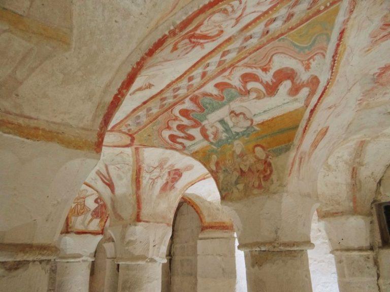 Fresques de Tavant-5