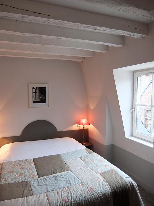 h tel l 39 adresse tours h tels en cours de classement. Black Bedroom Furniture Sets. Home Design Ideas