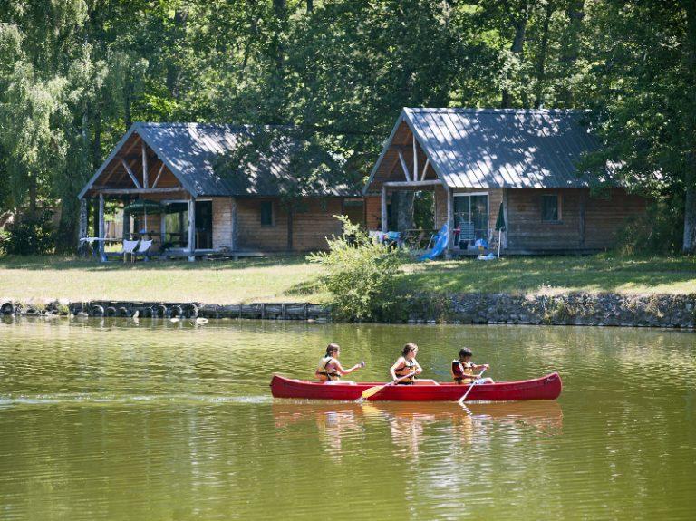 Village Huttopia Lac de Rillé-1