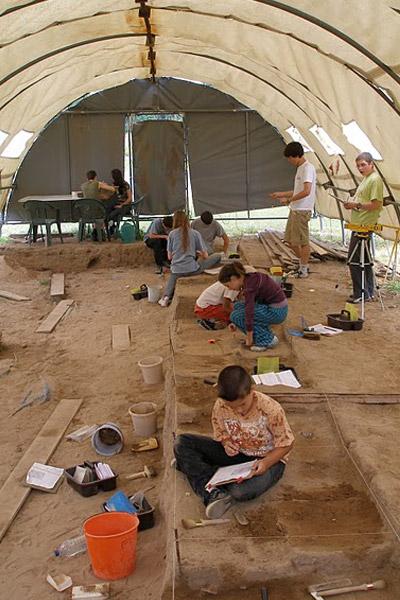 Archéolab – Musée de site archéologique-3