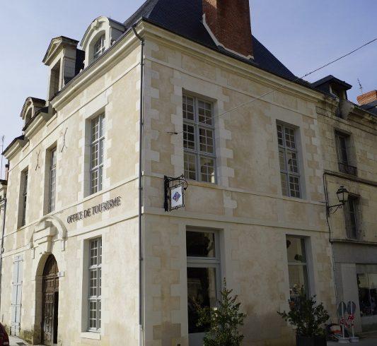 Office de Tourisme Azay-Chinon Val de Loire Tourisme, Bureau d'accueil de Richelieu-1