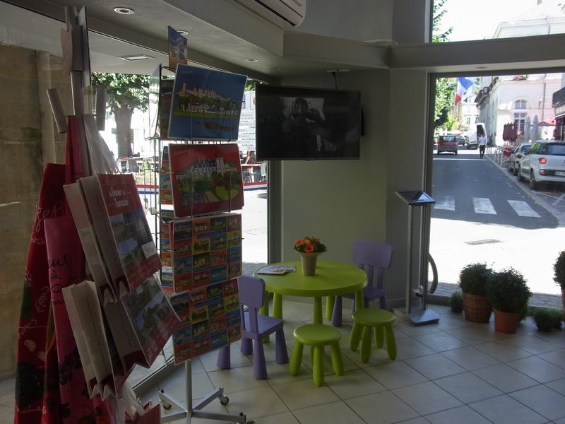 Office de Tourisme Azay-Chinon Val de Loire Tourisme, Bureau d'accueil de Chinon-3