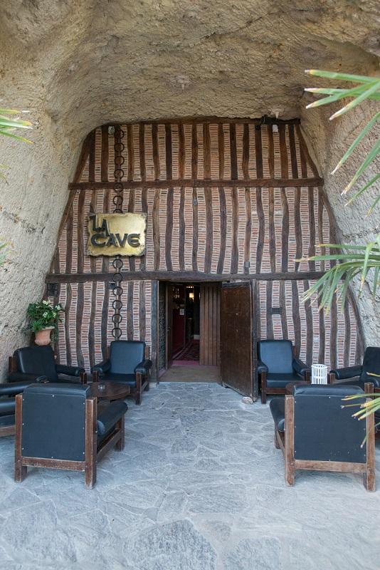 La Cave-12