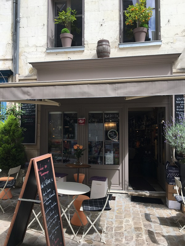 La Loire en Tonneaux – Cave et bar à vins-2