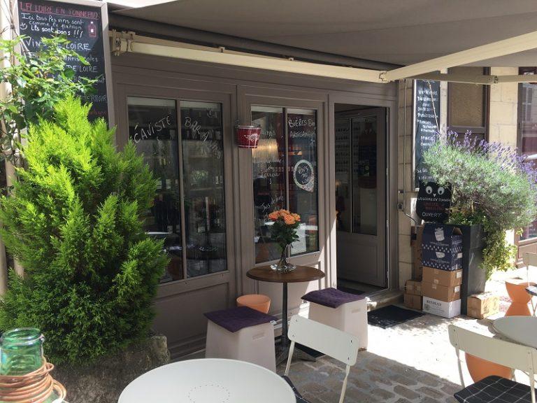 La Loire en Tonneaux – Cave et bar à vins-1