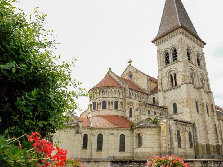 Eglise Abbatiale Saint-Pierre-2