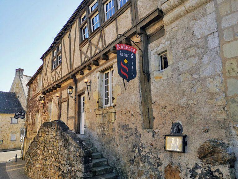 Auberge du XIIème Siècle-1