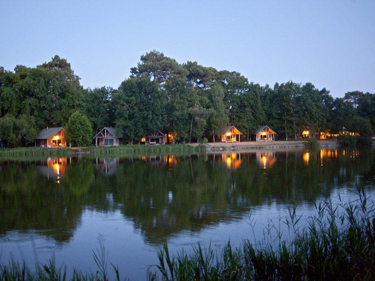 Village Huttopia Lac de Rillé-2