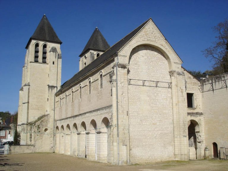 Collégiale Saint-Mexme-5