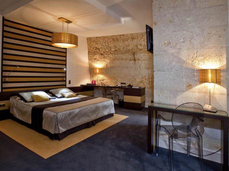 Relais et Châteaux Hôtel Les Hautes Roches-3