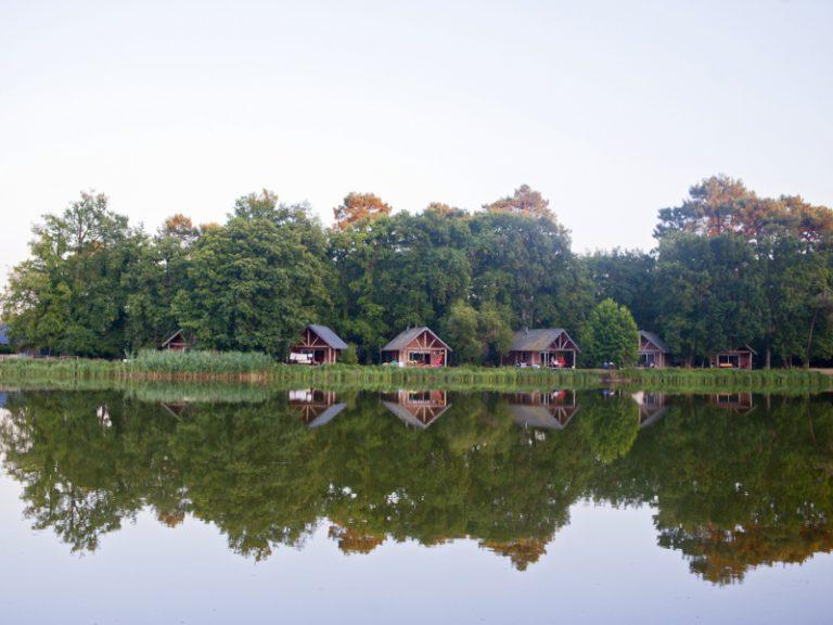 Village Huttopia Lac de Rillé-13
