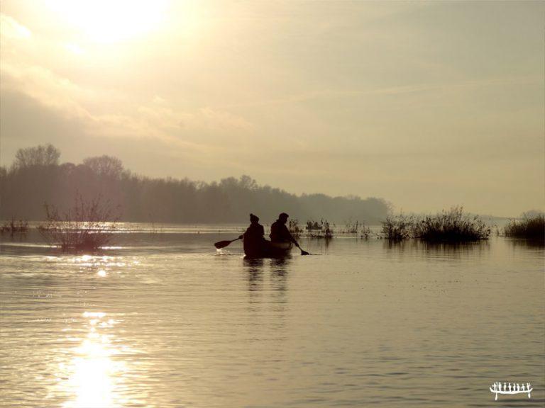 Loire Aventure, balades libres ou guidées à bord de canoës Canadiens-2