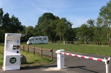 Aire de stationnement camping-car
